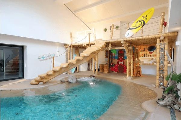 Mezzanine bambou conçue par Noemi Puech et réalisée par la scic BBscic, dont Bois de Bambou est associée, dans un esprit de fédération.